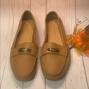 Coach Pebble Camel Loafers Flats Sz 7.5